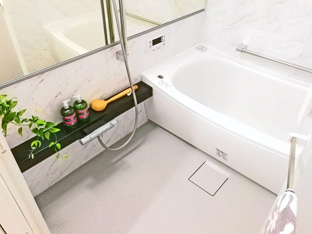 浴室乾燥・暖房完備のお風呂です